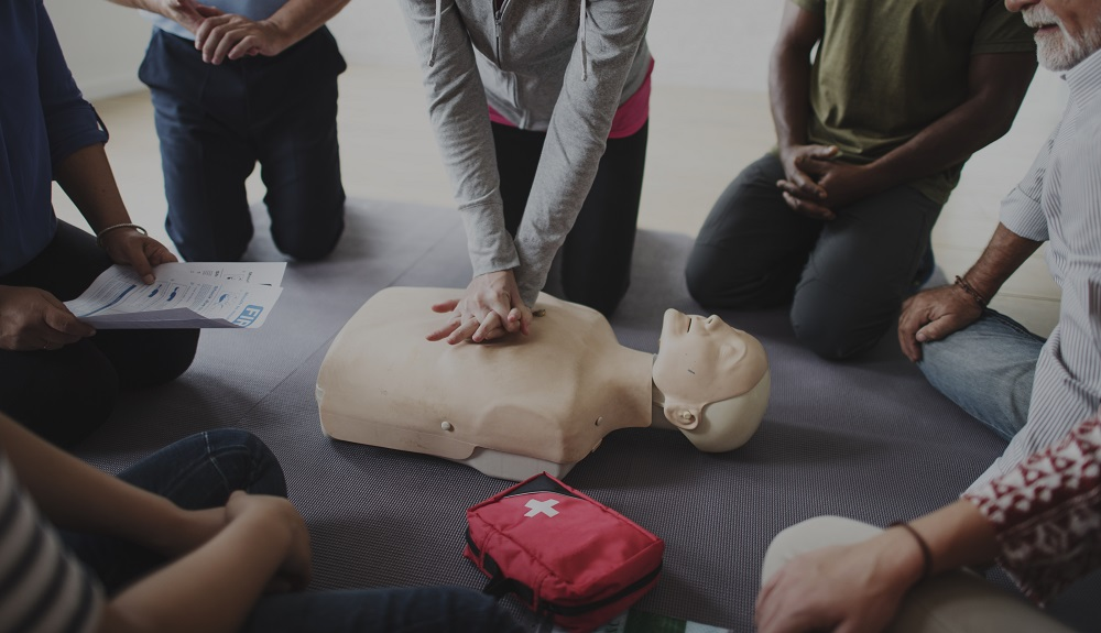 Top Reasons You Should Enroll in a First Aid Course